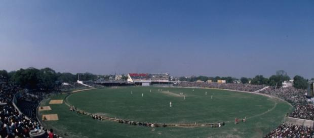 Iconic Moments: India vs Australia in Tests - Yahoo Cricket India - yahoo.com