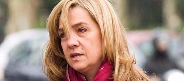 La Infanta Cristina sufre la peor de las condenas: el rechazo popular