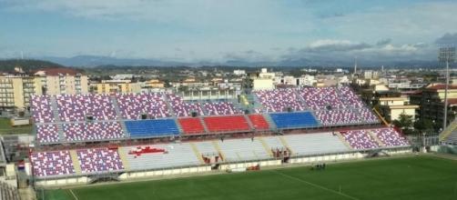 """Lo stadio comunale """"Ezio Scida"""" - Crotone."""