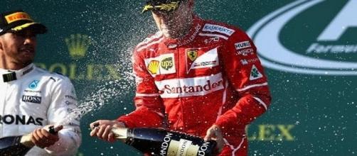 primera victoria de la temporada para Sebastian Vettel