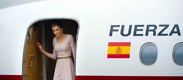 Doña Letizia en un avión de las Fuerzas Armadas.