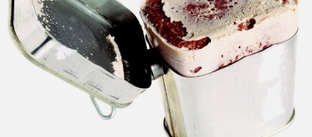 Gente em lata: corpos foram esmagados e misturados à carne