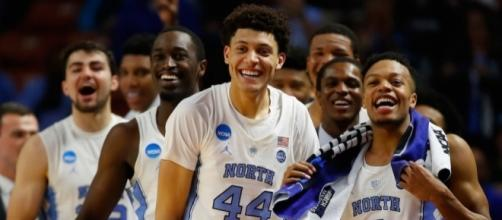 No. 1 seed UNC is in the Final Four with Oregon, Gonzaga & South Carolina. [Image via Blasting News image library/inquisitr.com]