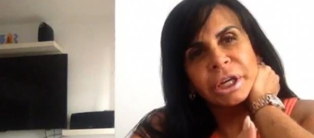 A rainha do rebolado ficou envaidecida com o interesse da cantora americana