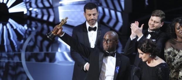 """""""Moonlight"""" foi o vencedor da principal categoria da premiação."""
