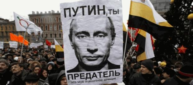 Thousands protest Russian election - World - CBC News - cbc.ca
