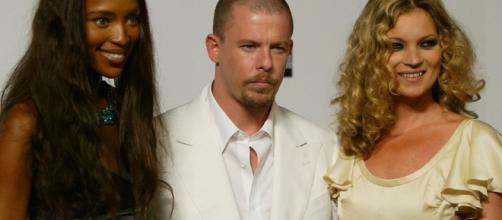 Diseñadores de moda que murieron siendo aún influyentes | Versace ... - com.co