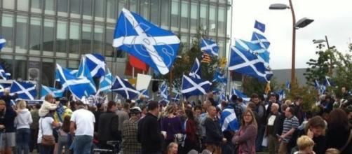 La marcia in più della leader Nicola Sturgeon   L'Indipendenza Nuova - lindipendenzanuova.com