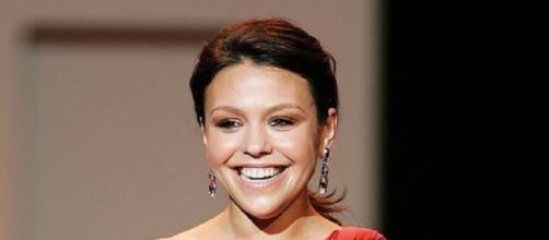 Source: Wikimedia. Rachael Ray weight gain troubles after weight loss
