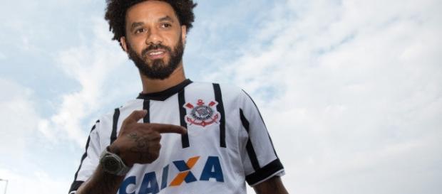 Corinthians tenta se desfazer do volante Cristian