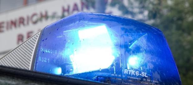 Hanauer Schlossplatz - Polizei hält 150 Männer von Schlägerei ab ... - bild.de