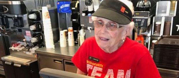 Hoax Alert: McDonald's won't close 17,000 restaurants due to $15. Photo courtesy of Lead Stories - leadstories.com