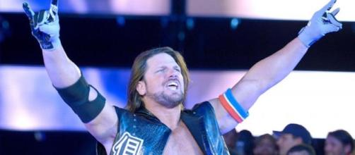AJ Styles appeared on the latest episode of 'SmackDown Live' before 'WrestleMania 33.' [Image via Blasting News image library/inquisitr.com]