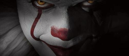 "First Look At Pennywise the Clown In New ""It"" 2017 Movie - Cosmic ... - cosmicbooknews.com"