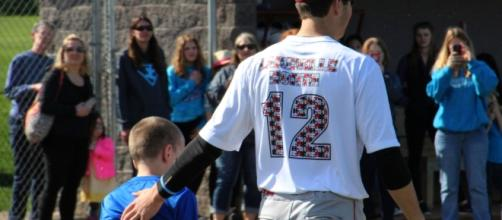 Lakeville baseball teams host autism awareness night - twincities.com