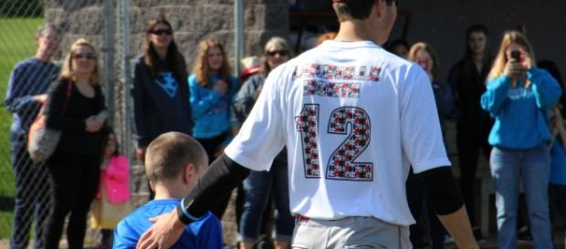 Lakeville baseball teams host autism awareness night - twincities.com