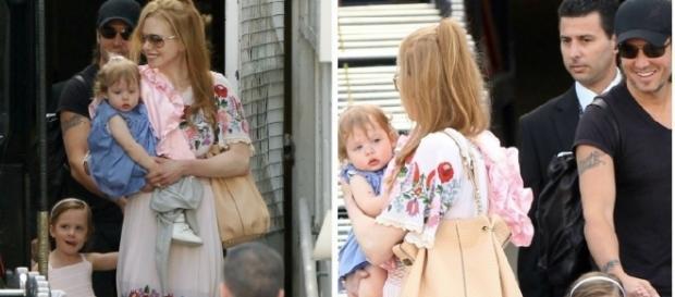 Nicole Kidman com o marido e as filhas ainda pequenas