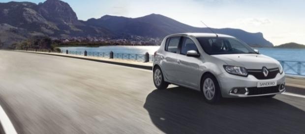 O grande destaque de março foi o Renault Sandero que, com alta de 55,8%, terminou como o quarto modelo mais vendido do país