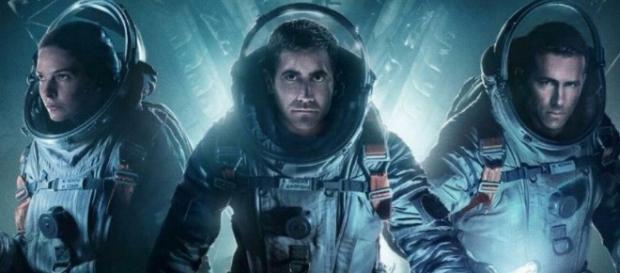Recensione] Life – Non Oltrepassare il Limite, lo sci-fi di Daniel ... - universalmovies.it