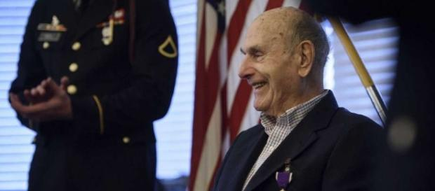 Still one of us': 92-year-old gets Purple Heart from WWII ... - beaumontenterprise.com
