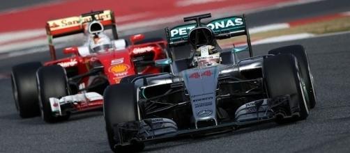 El equipo italiano, se mantiene al acecho de los tiempos de Mercedes