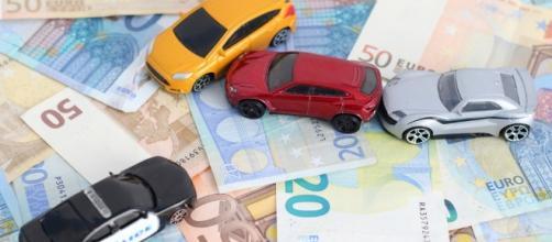 Indennizzo diretto anche con più veicoli coinvolti se il ... - altalex.com