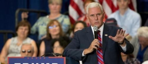 Mike Pence used a private email account to conduct state business ... - macleans.ca