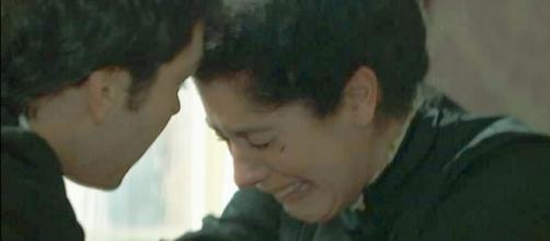 Pablo e Rosina disperati per la morte di Leonor