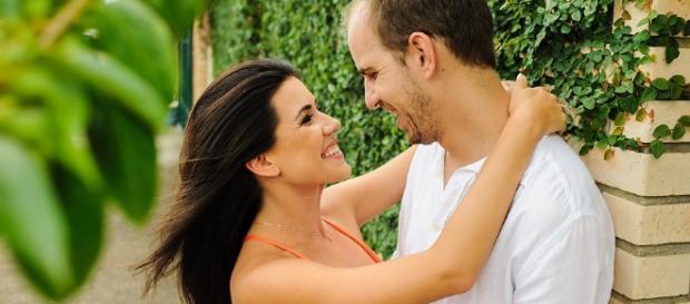 Venha atitudes para manter um relacionamento feliz