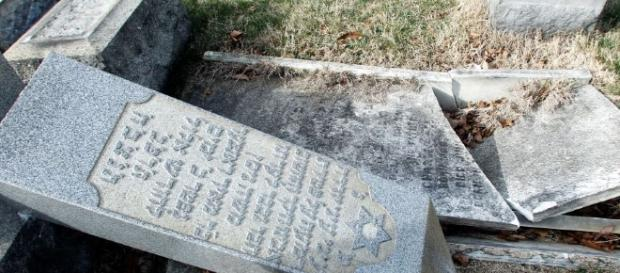 Jewish cemetery vandalized in Rochester, NY | Today Extra News - bplaced.com