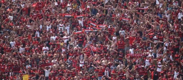 Junto com o Fluminense, Flamengo ainda luta para ter sua torcida na final da Taça GB (Foto: Multiplix)