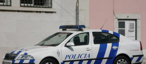 Mal a PSP foi alertada para o facto, enviou de imediato uma patrulha para o local