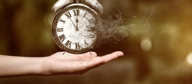 O percepção do tempo se modifica à medida que envelhecemos