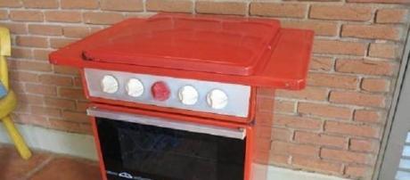 O fogão vermelho era usado várias casas antigamente