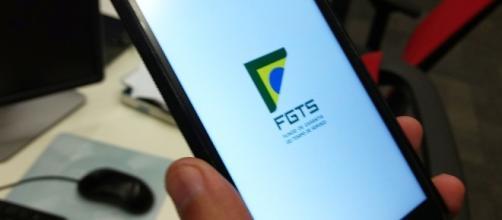 Banco antecipa saque de FGTS inativo