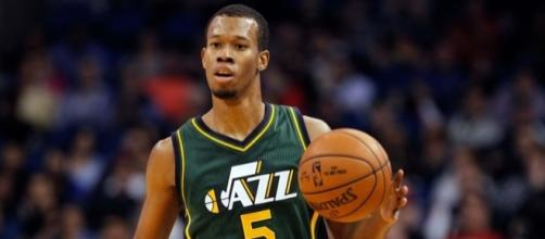 Video: Rodney Hood Returns To Mississippi With Youth Team - purpleandblues.com