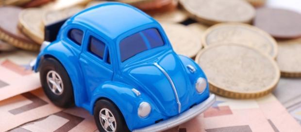Bollo auto illegale? Ecco cosa c'è da sapere.