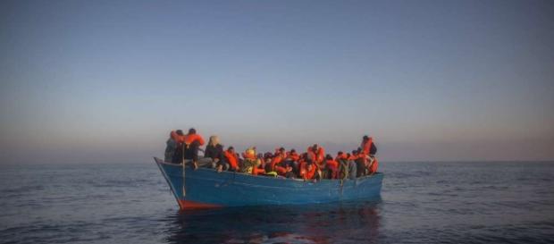 CSU-Minister rechnet mit deutlich mehr Flüchtlingen aus Afrika ... - merkur.de