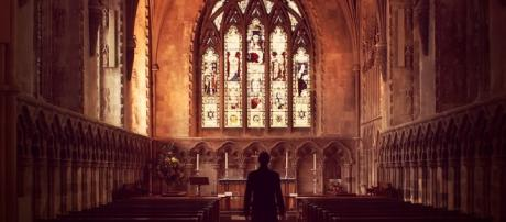 How to Make Your Church a Safe Place for Sinners - Stephen Altrogge - biblestudytools.com