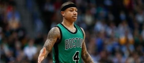 Isaiah Thomas apologizes to teammate for the Celtics' high five ... - usatoday.com