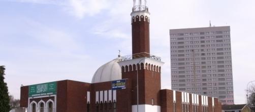 Mezquita central de Birmingham: el terrorismo no tienen nada que ver con la religión