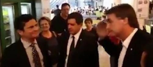 Sérgio Moro não quis ficar conversando com Jair Bolsonaro (Foto: Reprodução)