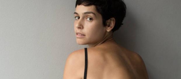 Atriz Maria Flor da novela da rede Globo A Lei do Amor