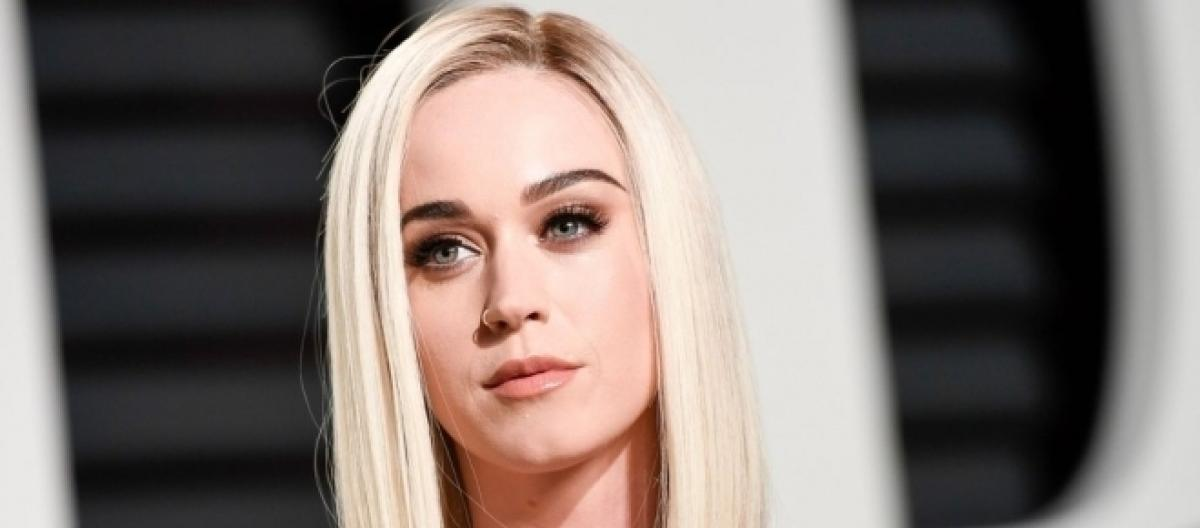 Katy Perrys New Haircut Leads Fans To Think She Split From Orlando