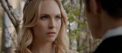 Caroline and Stefan get their June wedding in 'The Vampire Diaries' [Image via YouTube screencap/https://youtu.be/OJnxAK6aVD4]