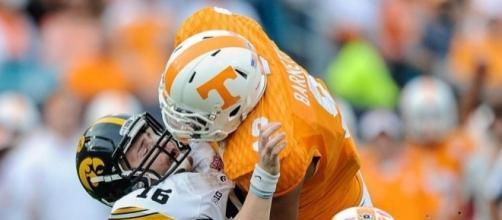 DE Derek Barnett leads 3 potential 2017 draft targets for Cowboys ... - usatoday.com