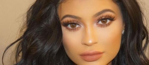 Kylie Jenner celebrates 30million Instagram followers with ... - mirror.co.uk