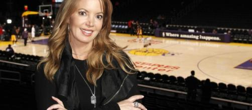 Los Angeles Lakers Jeanie Buss stops a coup attempt by her ... - aol.com