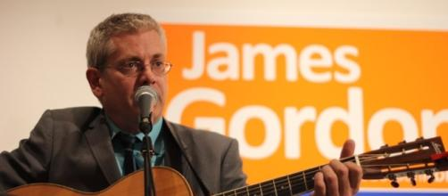 Member of Parliament for Timmins-James Bay Charlie Angus has announced his NDP leadership plans / Guelph NDP, Wikimedia Commons CC BY-SA 2.0