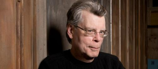 Stephen King to release 'Gwendy's Button Box' soon - flipboard.com